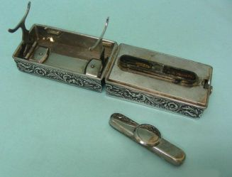 1899 travel curling iron heater