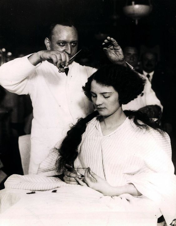 The 1920as Bob Haircut Judy De Luca